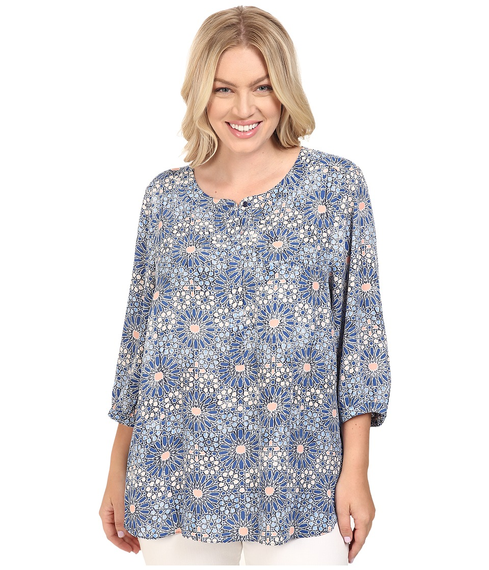 NYDJ Plus Size - Plus Size Solid 3/4 Sleeve Pleat Back (Eastern Mosaic Navy) Women's Long Sleeve Button Up