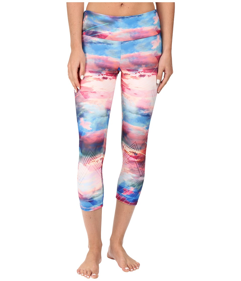 Onzie - Truth Capri Leggings (Truth) Women's Casual Pants