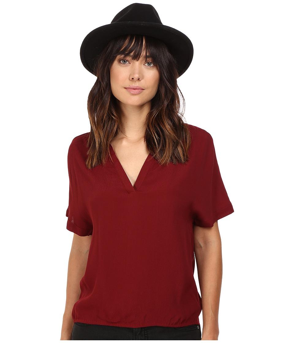 BB Dakota - Hatley Short Sleeve Top (Piontsettia) Women's Clothing