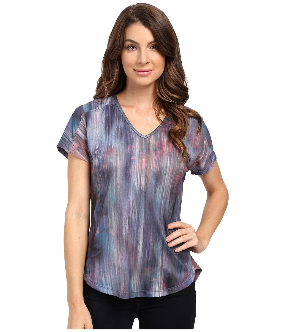 XCVI - Movement by XCVI Perfect V Top (Brush Stroke) Women's Clothing