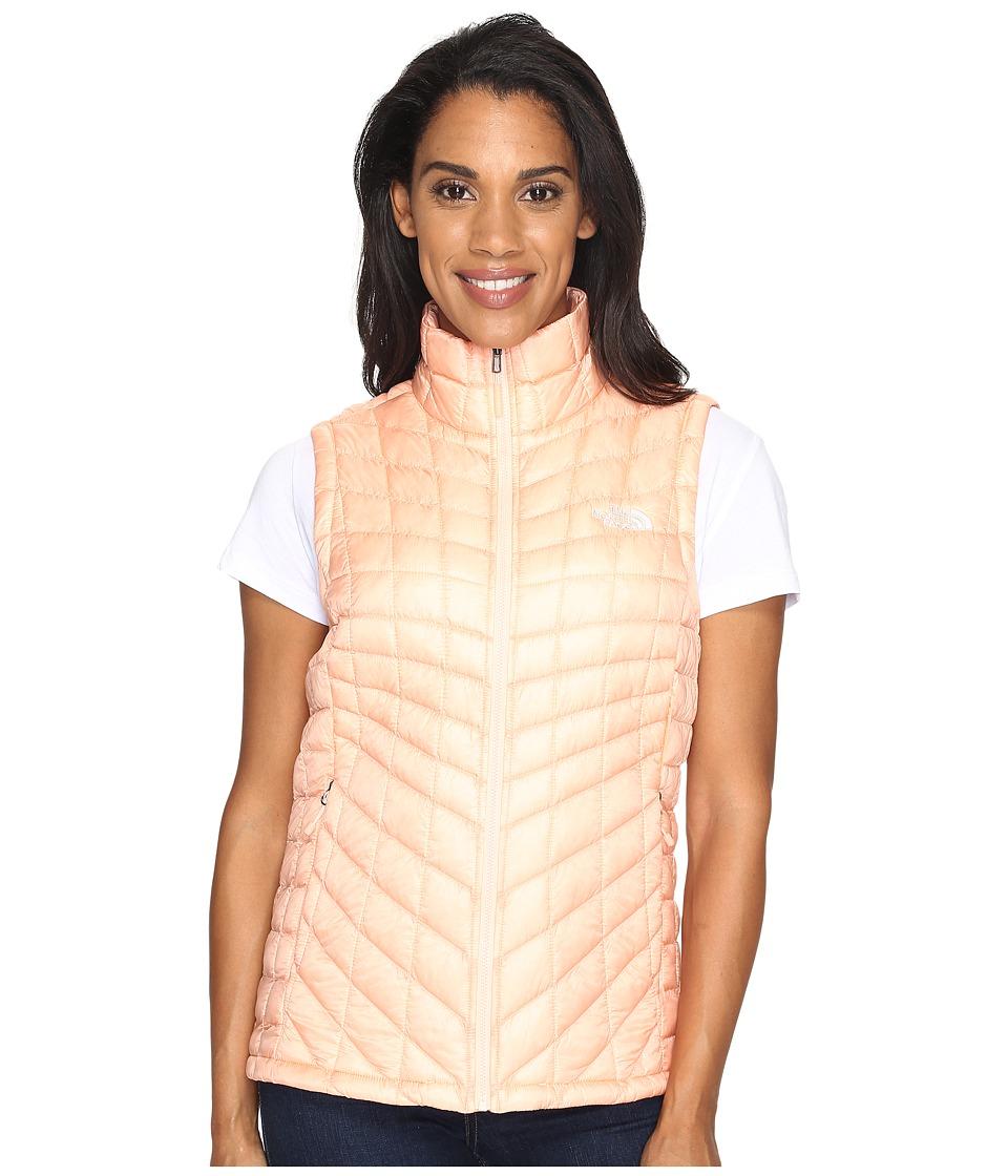 The North Face ThermoBalltm Vest (Tropical Peach (Prior Season)) Women