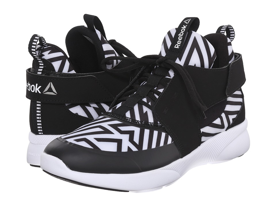Reebok - Sayumi (Graphic/Black/White) Women's Dance Shoes