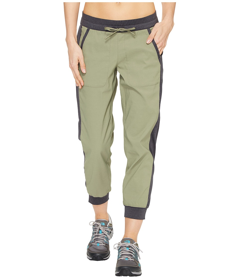 The North Face Adventuress Capris (Deep Lichen Green (Prior Season)) Women