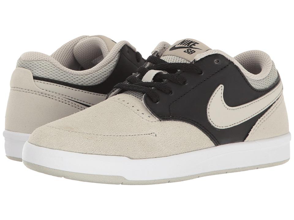 Nike SB Kids - SB Fokus (Big Kid) (Pale Grey/Pale Grey/Black/White) Boy's Shoes