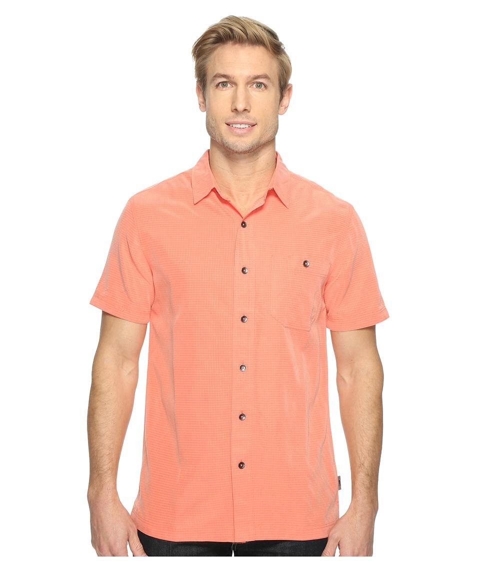 Royal Robbins - Mojave Desert Pucker S/S (Guava) Men's Short Sleeve Button Up