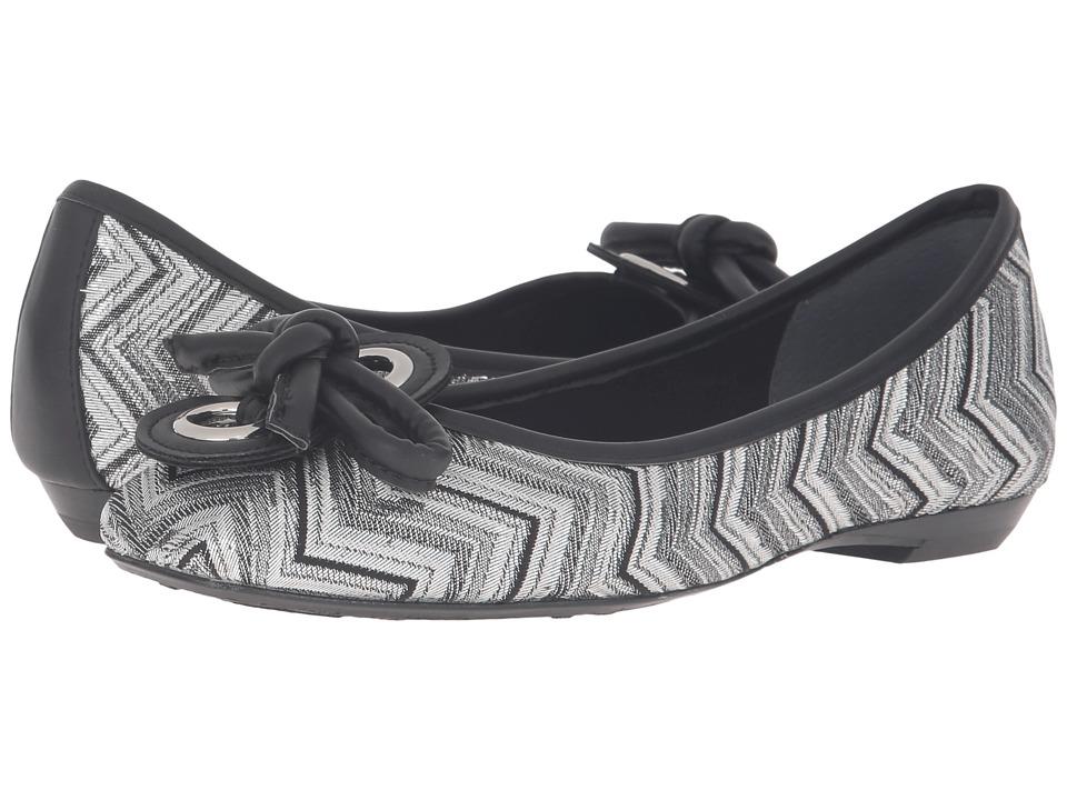 J. Renee - Edie (Silver/Black) Women's Shoes