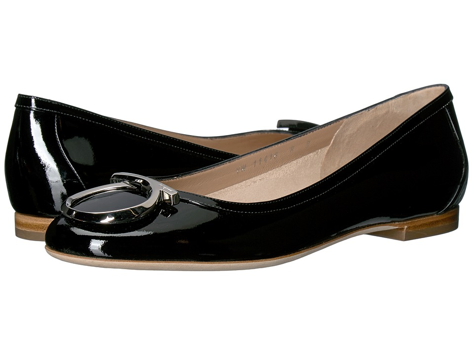 Salvatore Ferragamo Patent Leather Ballerina Flat With Large Gancio (Nero Naplak Pesan) Women