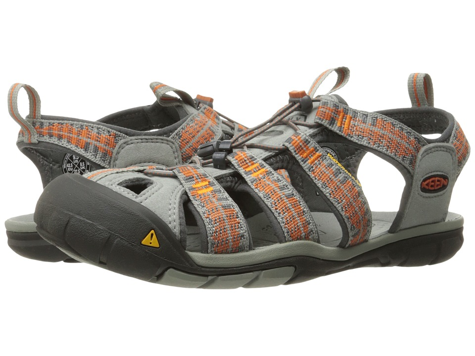 Keen - Clearwater CNX (Dark Earth/Racing Red) Men's Shoes
