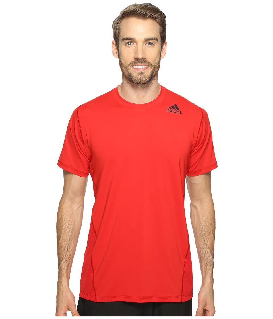 adidas - Utility Tech Short Sleeve Tee (Scarlet) Men's Short Sleeve Pullover