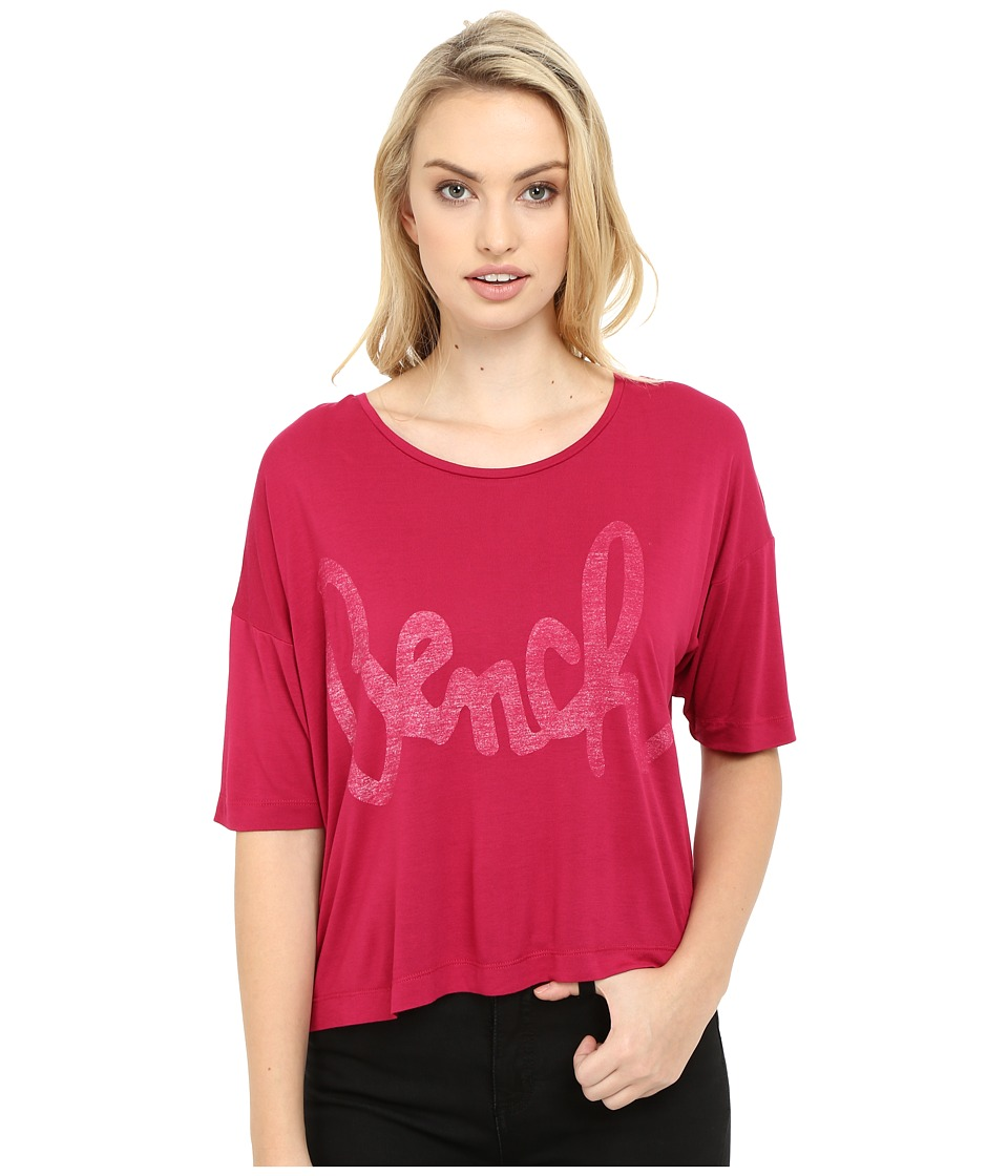 Bench - Speechifying Relaxed Tee Shirt (Sangria) Women's T Shirt