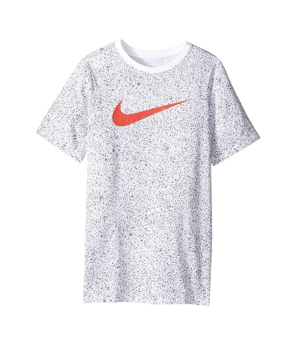 Nike Kids - Short Sleeve Blacktop Dry Tee (Little Kids/Big Kids) (White) Boy's T Shirt
