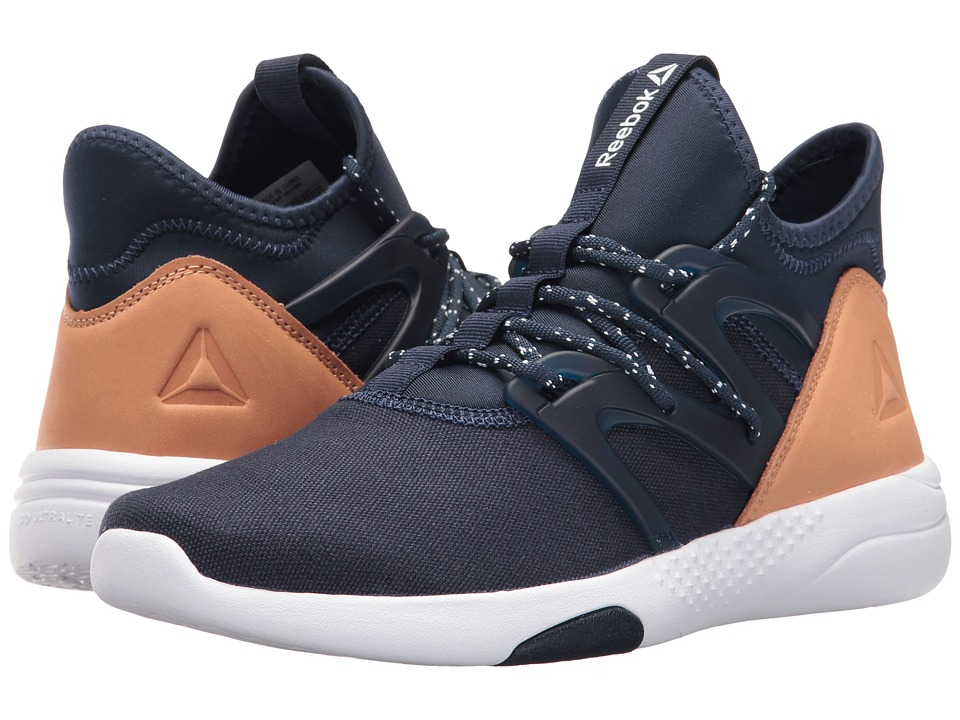 Reebok Hayasu (Collegiate Navy/White/Veg Tan) Women