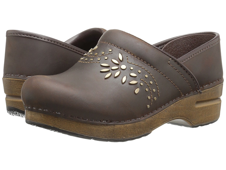 Dansko Patricia (Antique Brown Oiled) Women