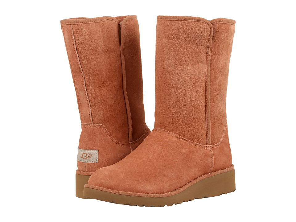 UGG - Amie (Caf ) Women's Boots