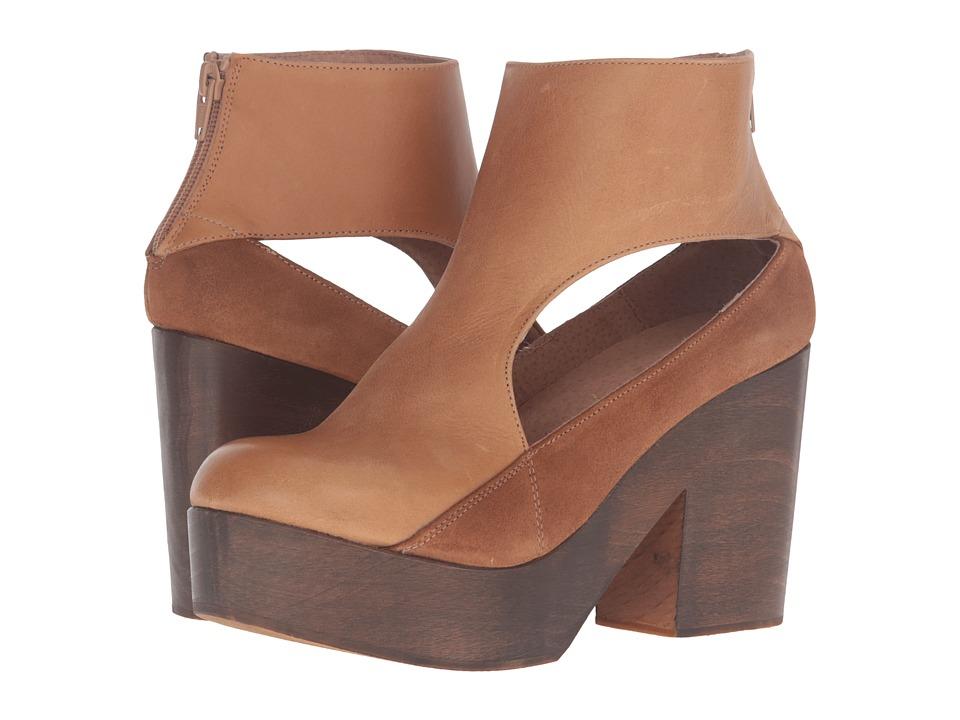 Free People - Horizon Clog (Taupe) Women's Clog Shoes