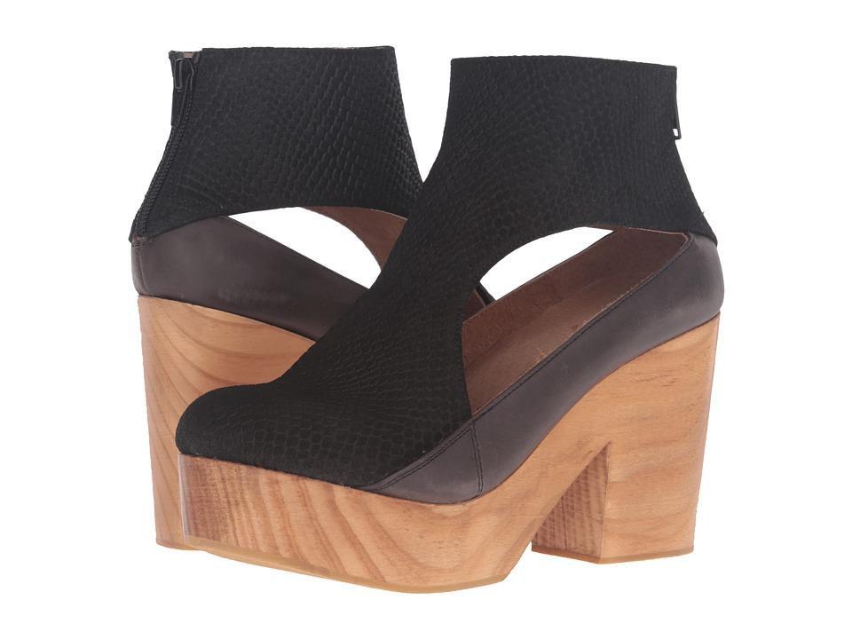 Free People - Horizon Clog (Black) Women's Clog Shoes