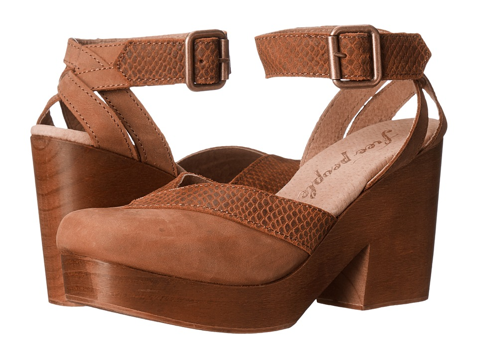 Free People - Walk This Way Clog (Brown) Women's Clog Shoes