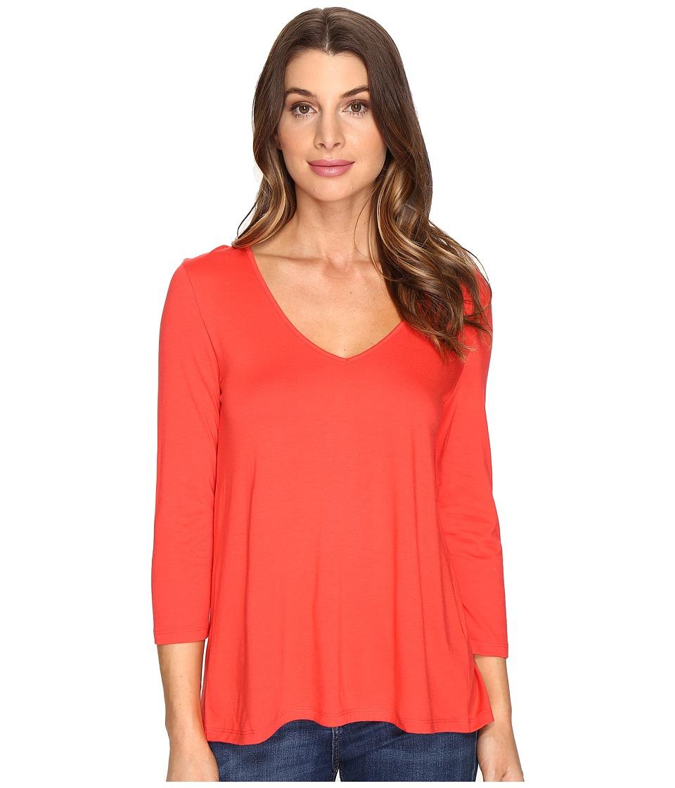 Lilla P - 3/4 Sleeve Pleat Back V-Neck (Poppy) Women's Clothing