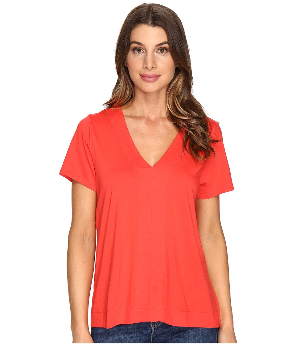 Lilla P - Short Sleeve V-Neck (Poppy) Women's Clothing