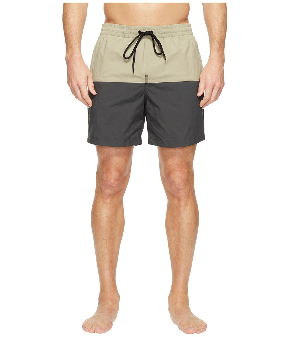 Columbia - Lakeside Leisure Shorts II (Tusk/Shark) Men's Shorts