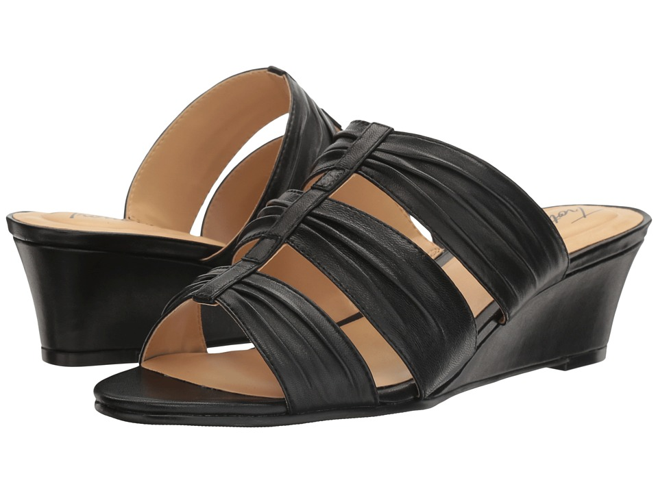 Trotters - Mia (Black) Women's Shoes
