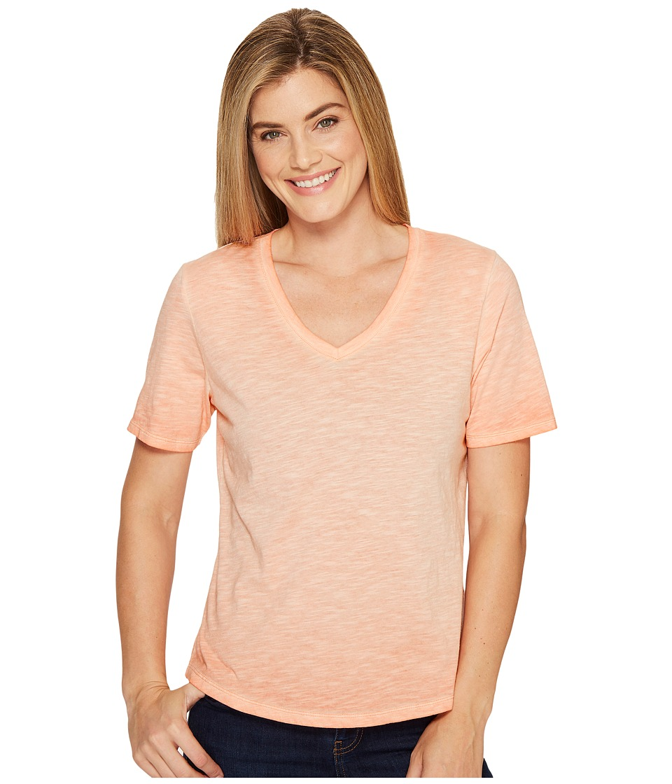 Columbia - Sandy River Treatment Tee (Lychee) Women's Short Sleeve Pullover
