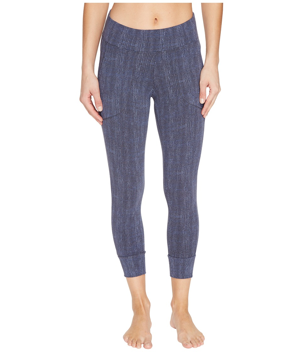 Columbia - State of Mind Capri Leggings (India Ink Dotty Dye) Women's Casual Pants