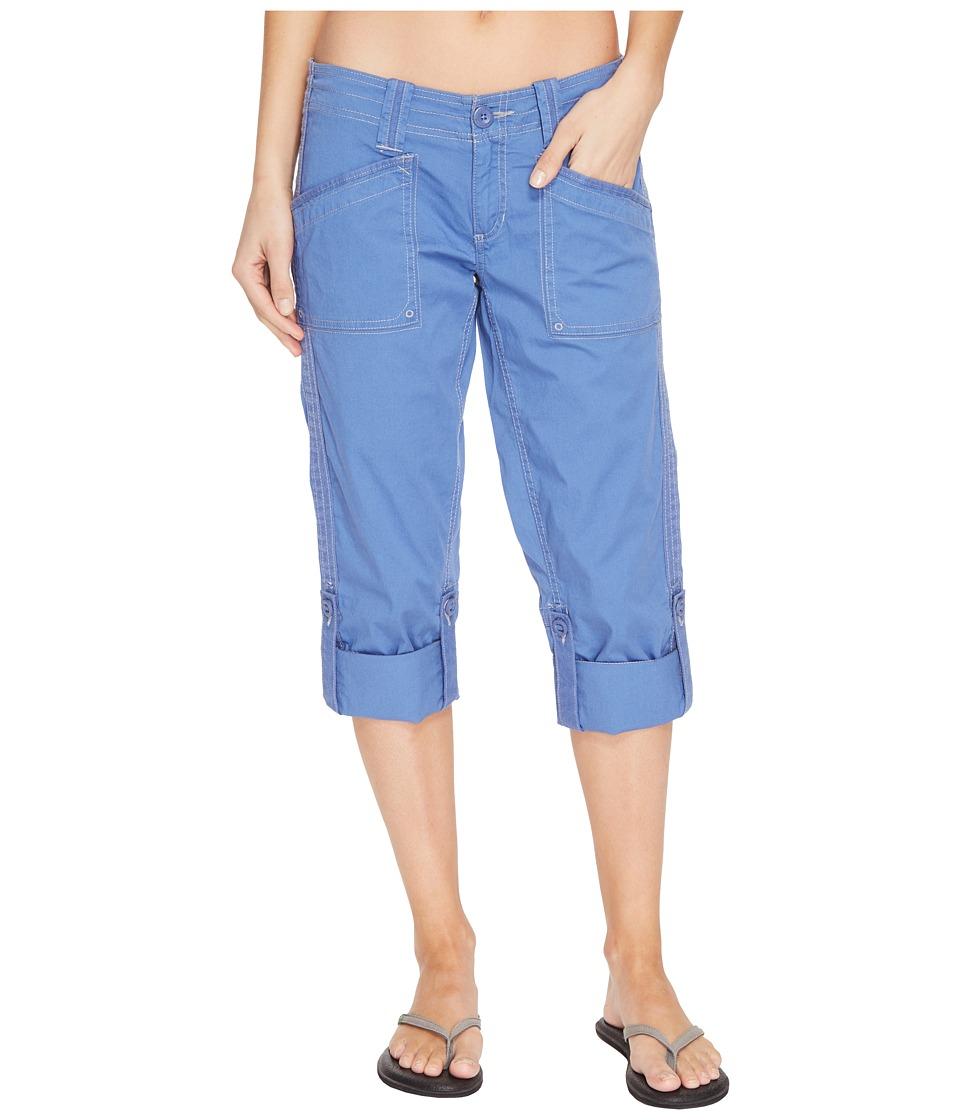 Aventura Clothing - Arden Standard Rise Capri (Dutch Blue) Women's Capri