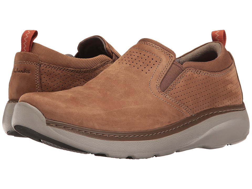 Clarks - Charton Free (Tan Nubuck) Men's Shoes