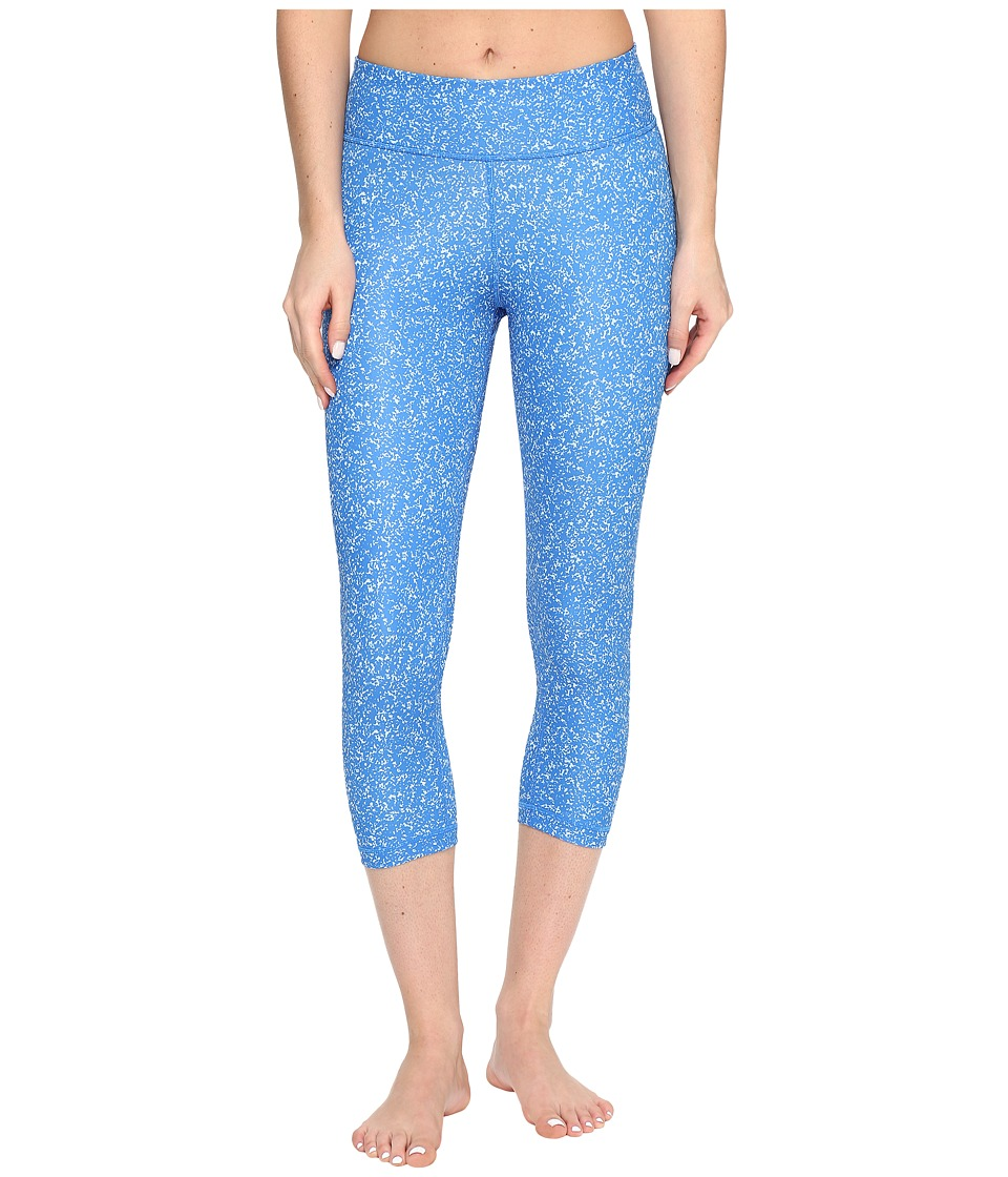 adidas - Designed-2-Move Micro Camo Print 3/4 Tights (Blue/Print/Black) Women's Casual Pants