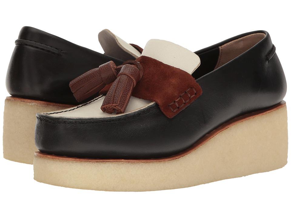Clarks - Peggy Grace (Black Combi) Women's Slip on Shoes