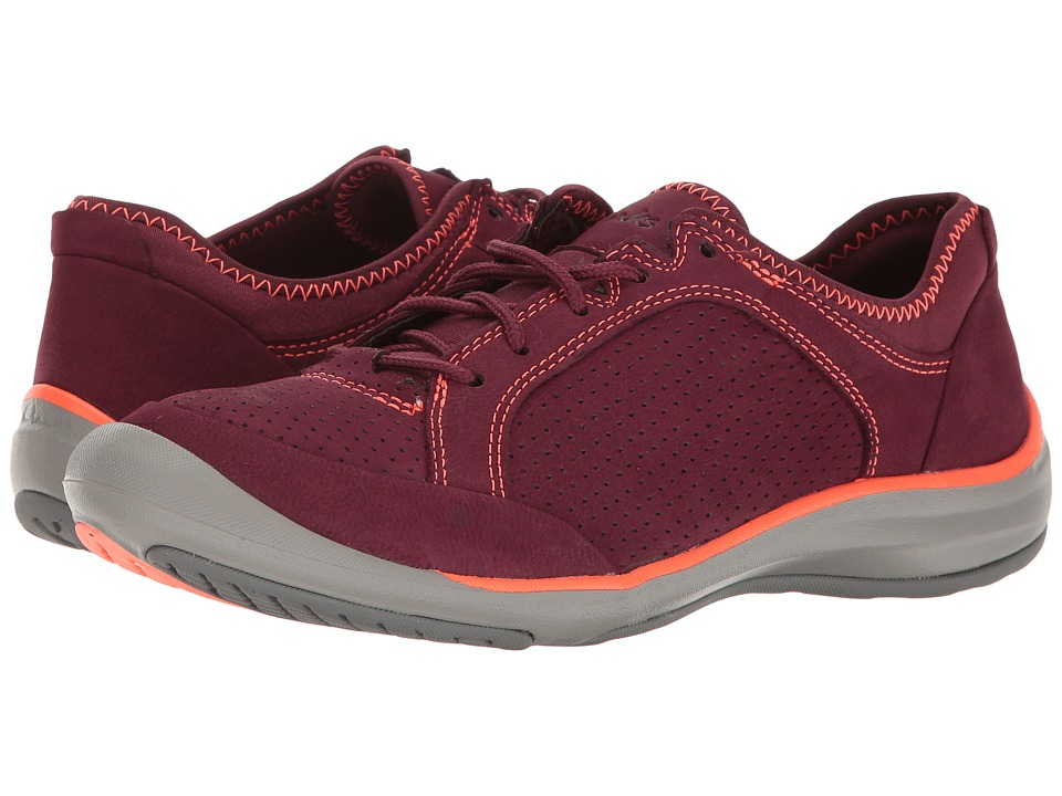 Clarks - Asney Lace (Plum Nubuck) Women's Shoes