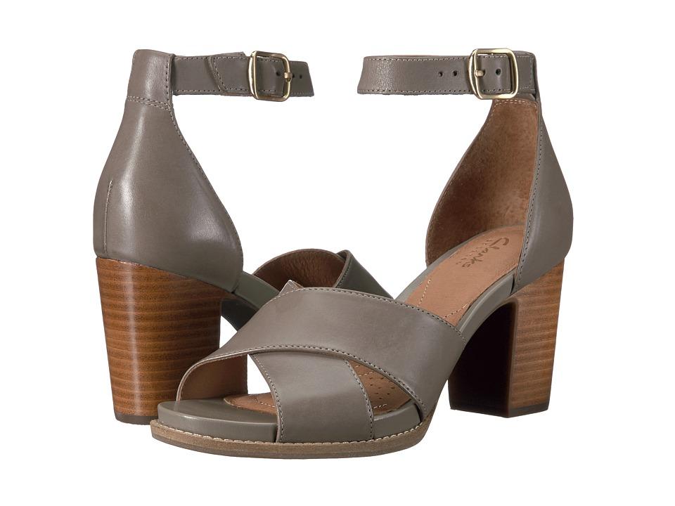 Clarks Briatta Tempo (Khaki Leather Combi) Women