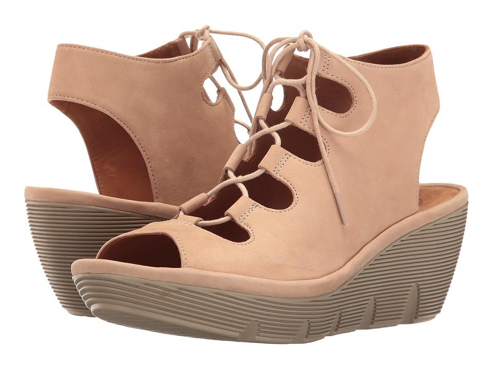 Clarks - Clarene Grace (Sand Nubuck) Women's Sandals