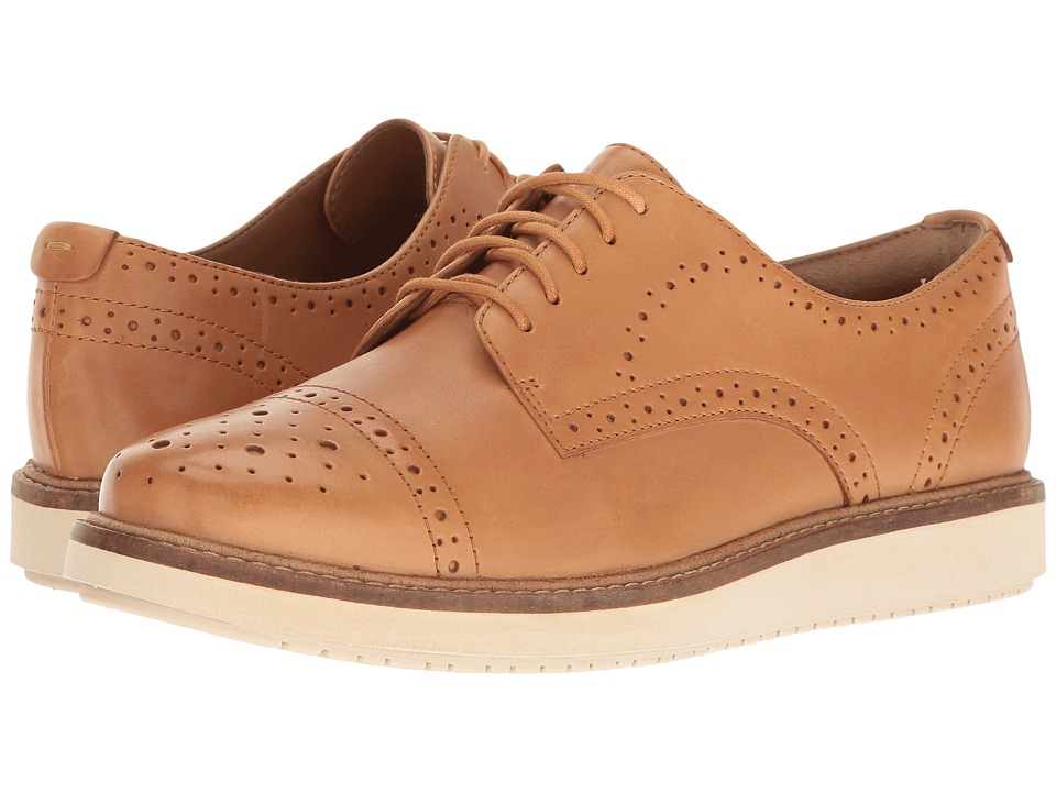 Clarks - Glick Shine (Light Tan Leather) Women's Shoes