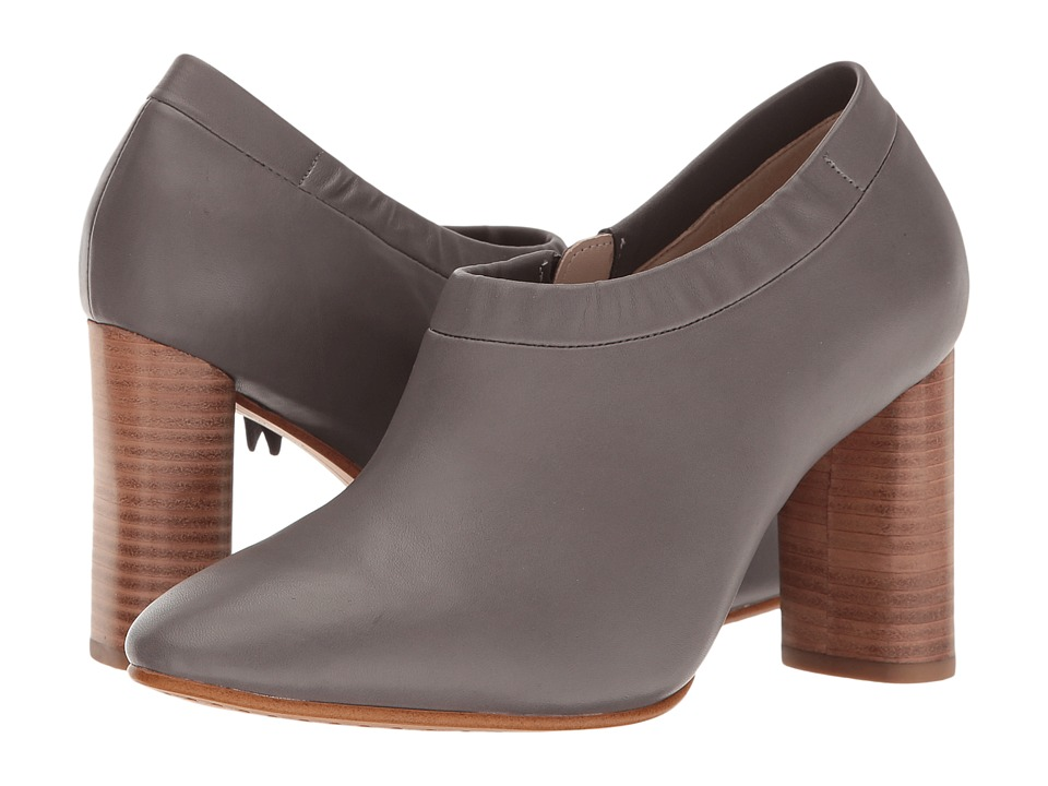 Clarks - Grace Lola (Dark Grey Leather) Women's Shoes