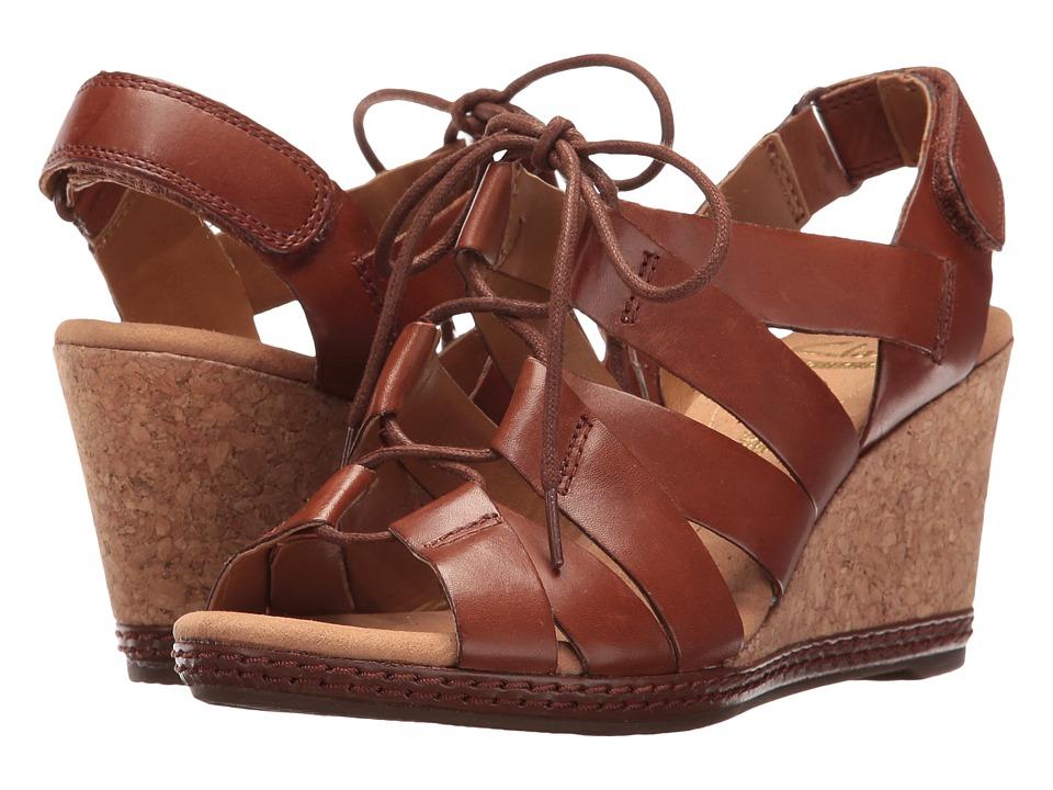 Clarks Helio Mindin (Tan Leather) Women