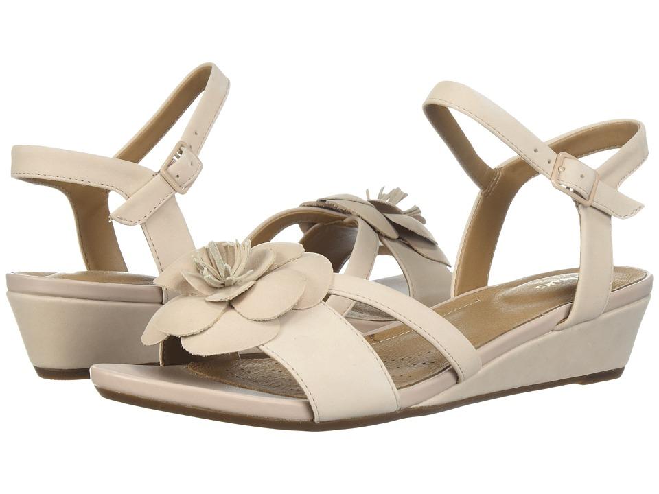 Clarks - Parram Stella (Dusty Pink Nubuck) Women's Sandals