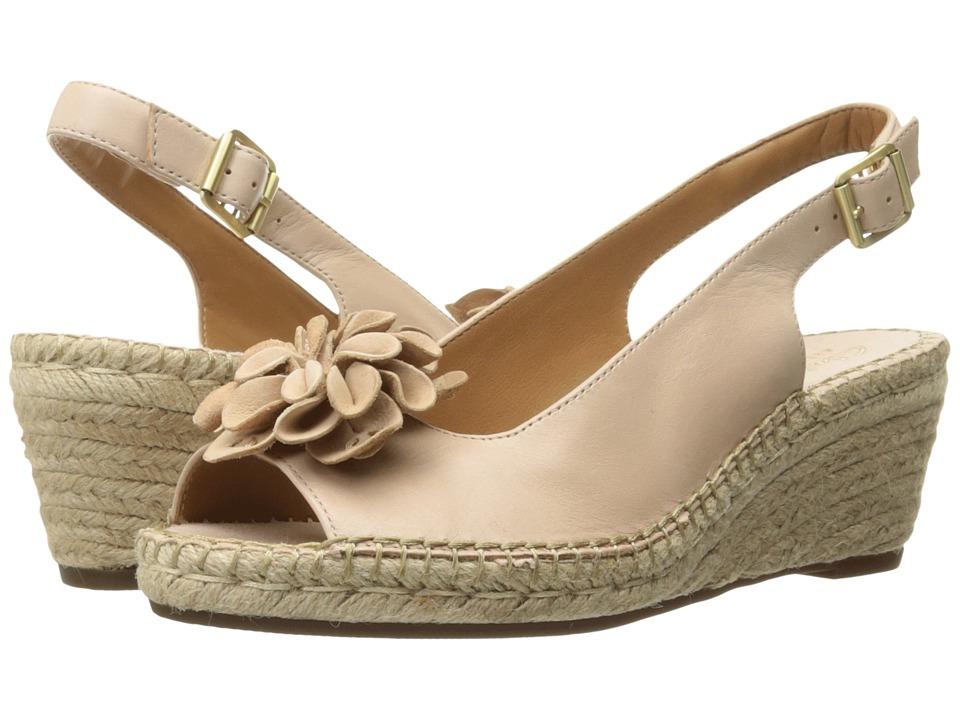 Clarks - Petrina Bianca (Nude Leather) Women's Sandals