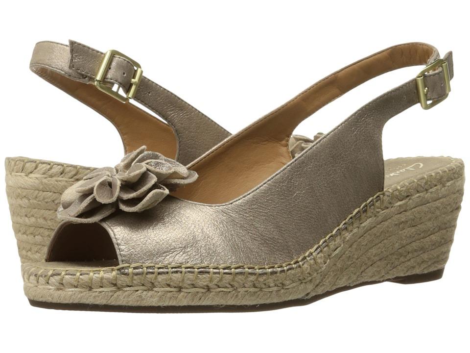 Clarks - Petrina Bianca (Champagne Metallic) Women's Sandals