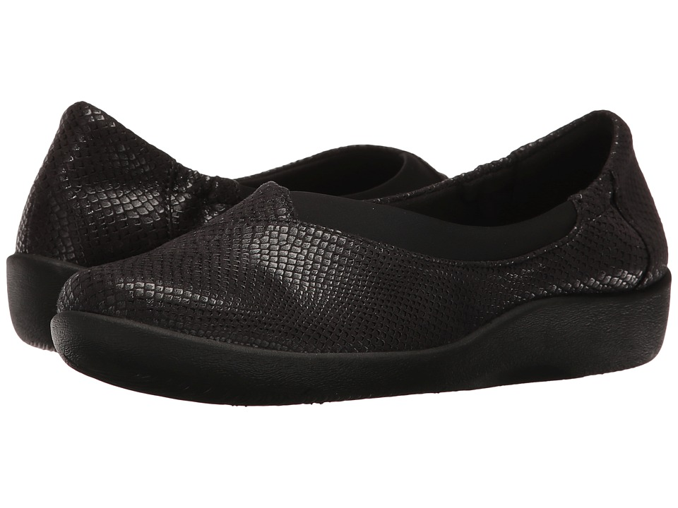 Clarks - Sillian Jetay (Black Snake Print) Women's Slip on Shoes