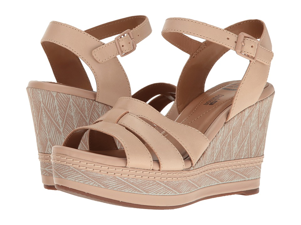 Clarks - Zia Noble (Nude Leather) Women's Sandals