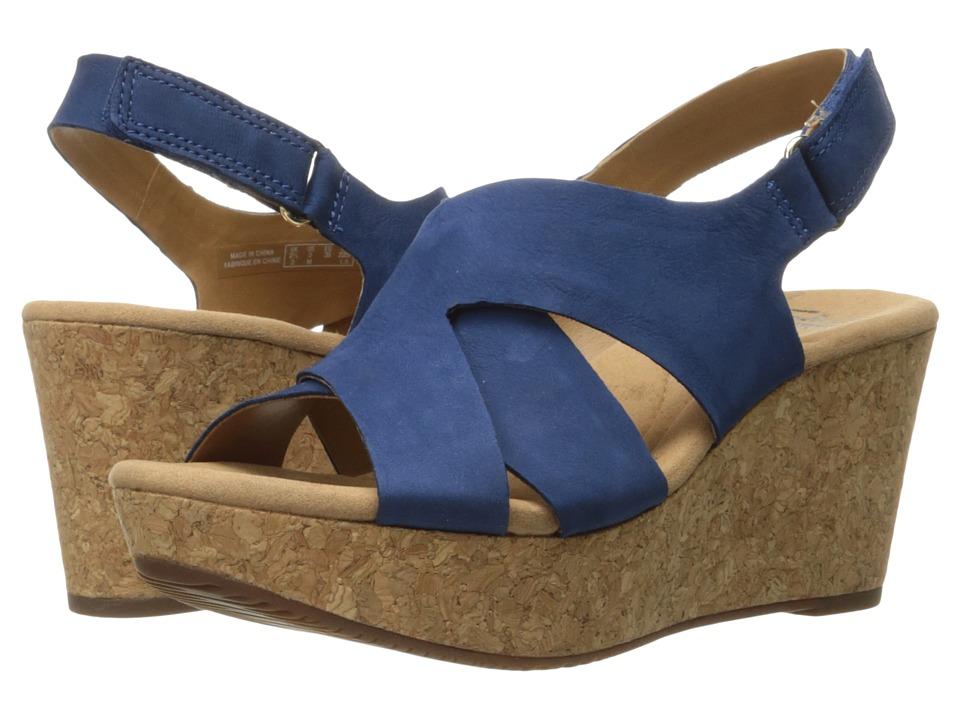 Clarks - Annadel Fareda (Dark Blue Nubuck) Women's Shoes