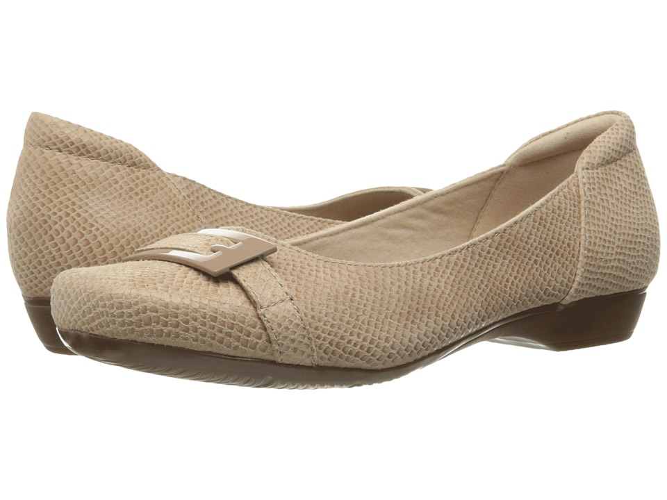 Clarks Blanche West (Sand Snake Print Leather) Women