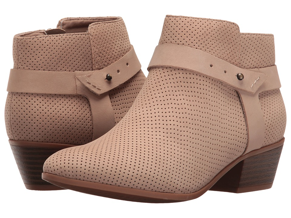 Clarks Boylan Dawn (Sand Perforated) Women