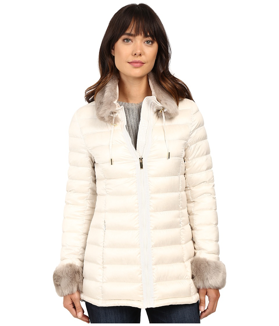 Via Spiga - Short Puffer with Detachable Chic Faux Fur Collar (Sugar) Women's Coat