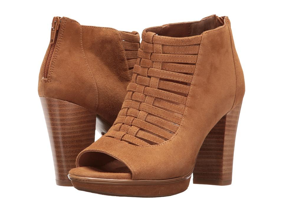 Sofft - Renita (Golden Tan King Suede) High Heels