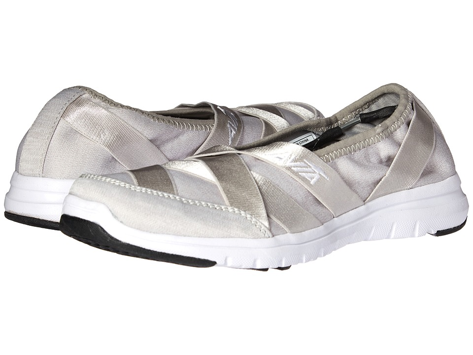 Avia Avi-Aura (Cool Mist Grey/White) Women