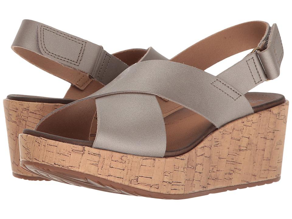 Clarks - Stasha Hale 4 (Silver Metallic) Women's Shoes