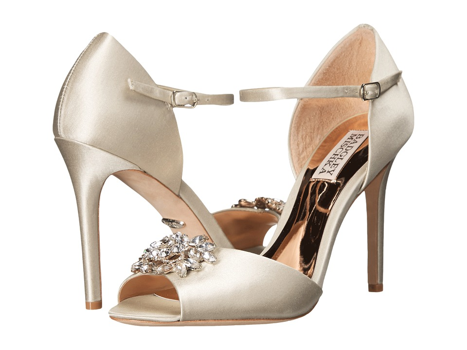 Badgley Mischka - Bandera (Ivory Satin) High Heels